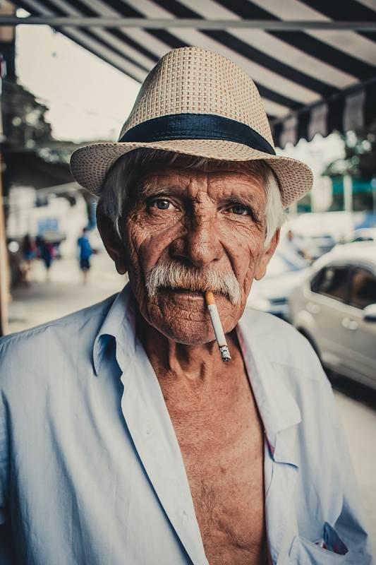 Lidé se ale dožívají stále vyššího věku. To by tedy znamenalo, že ti, kteří se dožijí 130 let již dnes žijí mezi námi – jde o současné padesátníky.