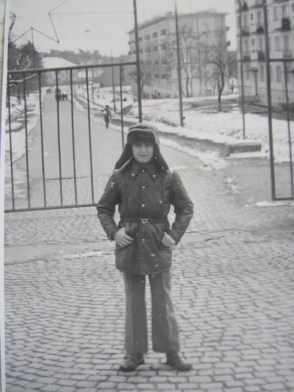 Děti sovětských vojáků tu prožily několik let školní docházky. Scházely se hlavně mezi sebou. Ze strany důstojníků byla snaha, aby se děti s civilisty nesetkávaly.