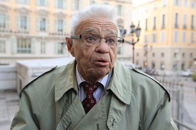 91-letý Robert Vaux, kterého se Dagornová snažila otrávit