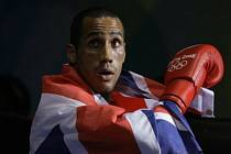 Britský boxer James Degale, olympijský vítěz v kategorii do 75 kg