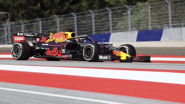 Max Verstappen z Red Bullu vyhrál Velkou cenu Rakouska formule 1