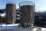 K alpským velikánům dnes patří také moderní architektura.