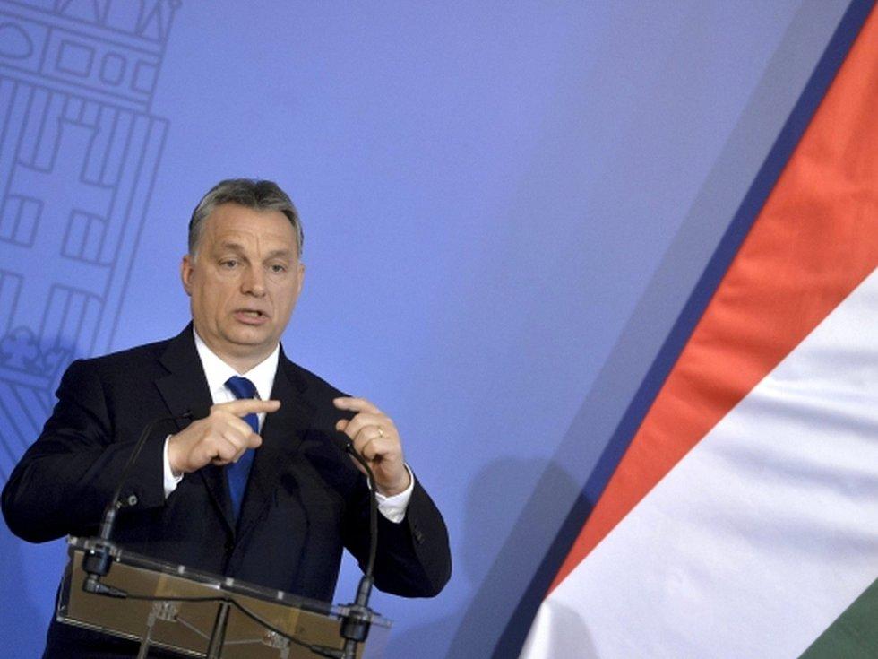 Maďarsko nechce být zatahováno do mezinárodní protiruské koalice kvůli Ukrajině, dnes to prohlásil maďarský premiér Viktor Orbán.