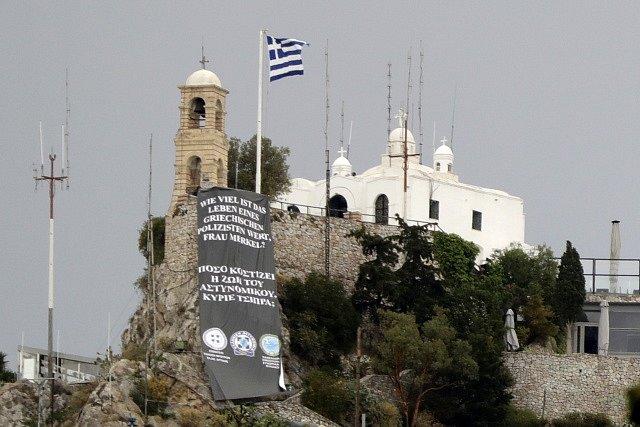 Řekové obviňují z bídy německou kancléřku Angelu Merkelovou.