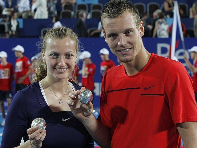 Petra Kvitová a Tomáš Berdych s diamantovou výhrou za zisk Hopman Cupu.