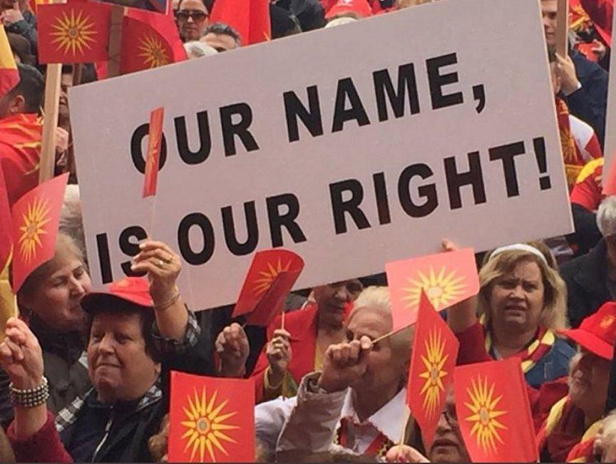 Makedonci hlasovali v referendu o novém názvu země