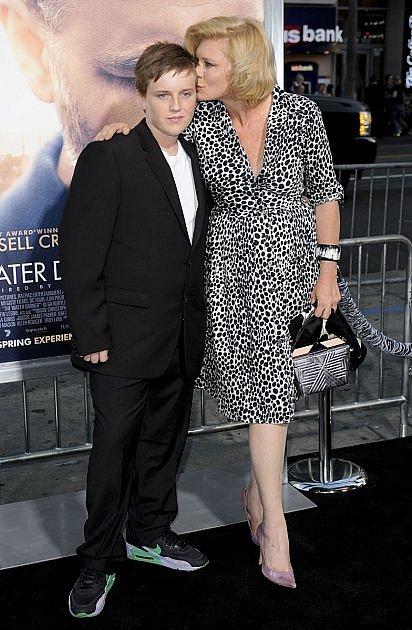 Peta se svým synem na premiéře filmu.