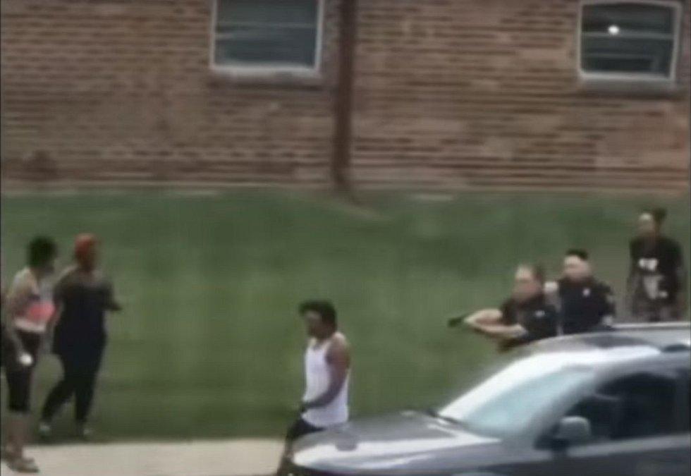 Nepokoje ve Wisconsinu vyvolala policejní střelba na černocha Jacoba Blakea