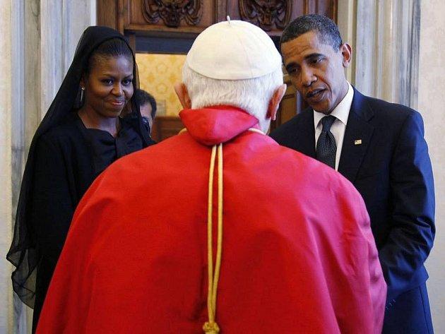 Americký prezident Barack Obama se v pátek při svém prvním setkání s papežem Benediktem XVI. nevyhnul konfliktním otázkám, jako jsou potraty nebo výzkum kmenových buněk, proti nimž se Vatikán ostře staví.
