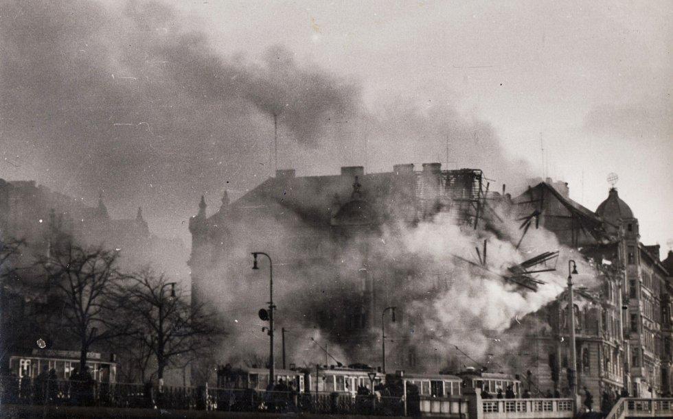 Bombardování Prahy, Rašínovo nábřeží - únor 1945