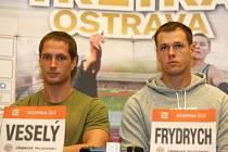Čeští oštěpaři Vítězslav Veselý (vlevo) a Petr Frydrych.