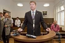 Slovenský armádní lobbista Miroslav Výboh u soudu. Ilustrační foto.
