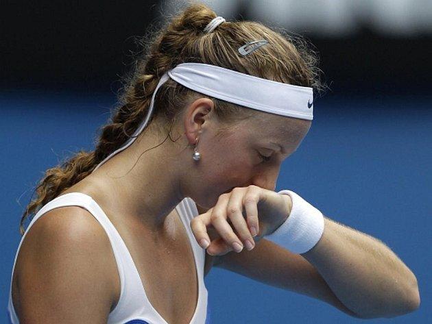 Petra Kvitová nestačila ve čtvrtfinále Australian Open na Veru Zvonarevovou.