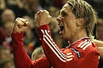 Fernando Torres dovedl Liverpool do dalšího kola Evropské ligy.