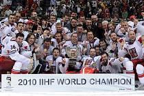 Čeští hokejisté vybojovali v Německu titul mistrů světa.