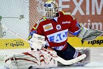 Dominik Hašek, tradiční opora pardubických hokejistů.