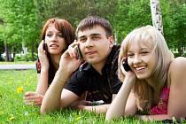 Za dobití u SAZKAmobilu levné volání nebo data ZDARMA