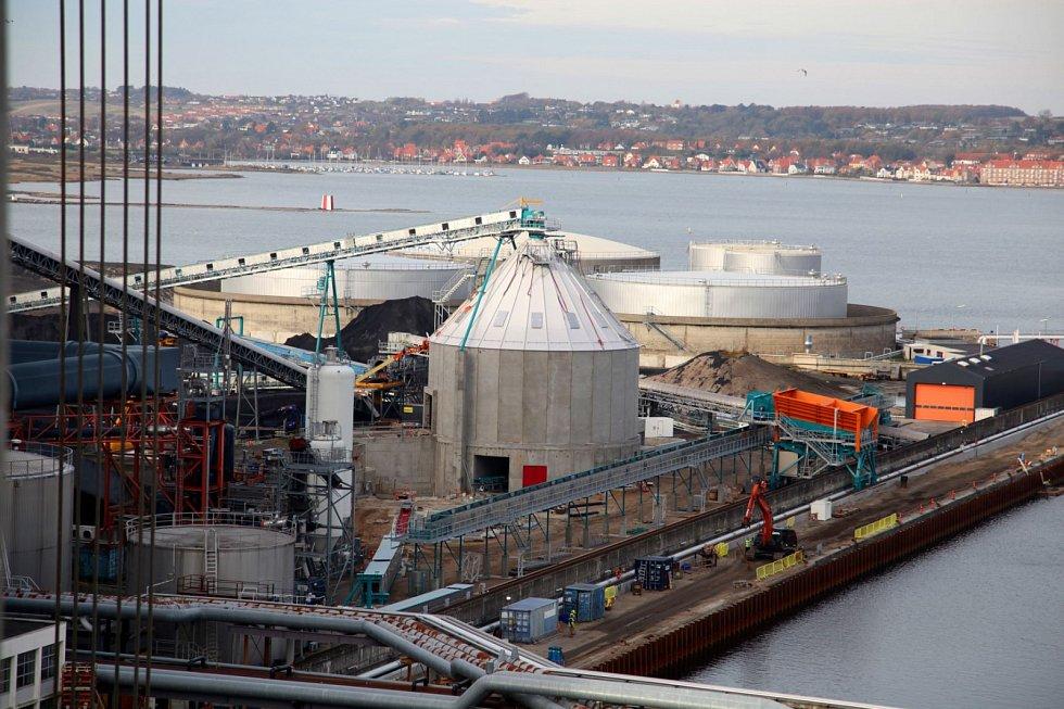 Osazování turbíny z plzeňské Doosan Škoda Power v dánské elektrárně Asnæs