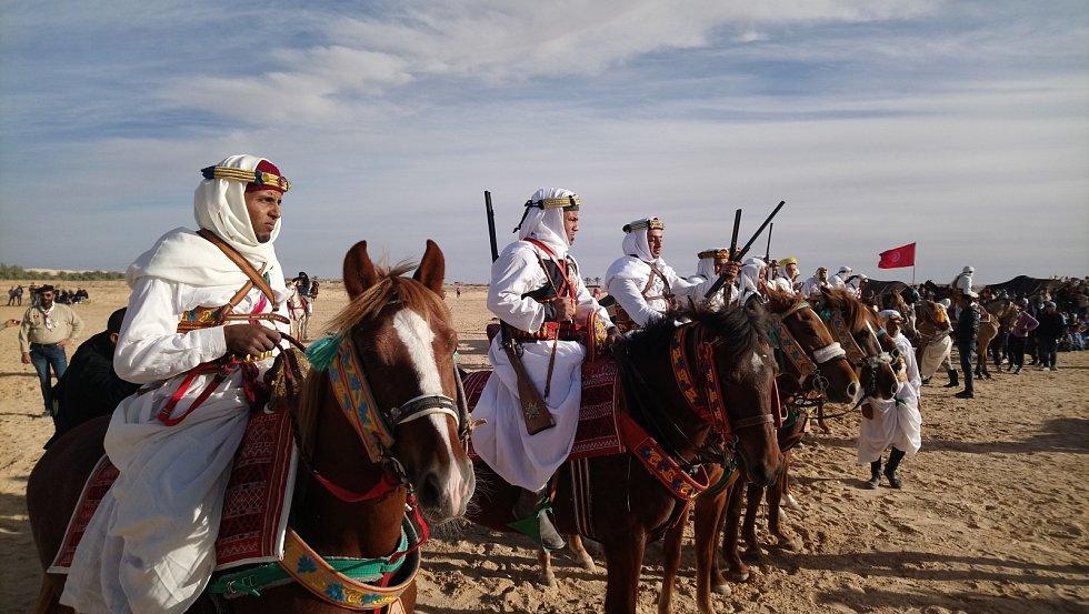 Do Douz dorazila i libyjská jízda.