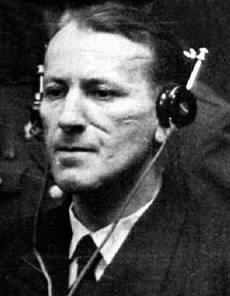 Ernst Kaltebrunner naslouchá obžalobě před norimberským tribunálem