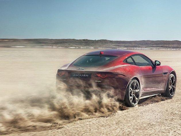 Jaguar F-Type s pohonem všech kol.