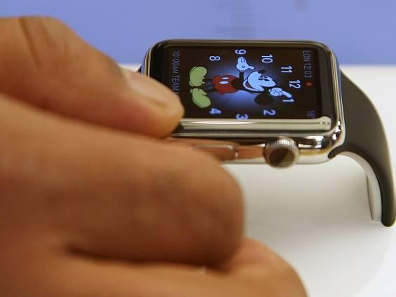 Fanoušci Applu si poprvé mohli prohlédnout hodinky Apple Watch.