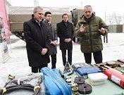 Ministr obrany Stropnický představuje nákup 26 Tater 2