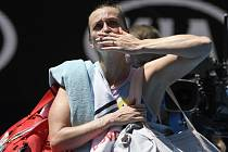 Loučení s fanoušky. Petra Kvitová loňské finále v Melbourne nezopakovala, tentokrát vypadla už ve čtvrfinále