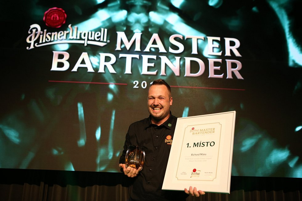 Vítěz soutěže Pilsner Urquell Master Bartender 2018 Richard Máša