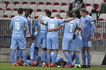 Utkání skupiny C 3. kola základních skupin fotbalové Evropské ligy: Nice - SK Slavia Praha, 26. listopadu 2020 v Nice. Dole je střelec gólu Ondřej Lingr.