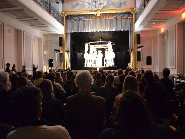 Vystoupení Draku v New Yorku na nejvýznamnějším světovém veletrhu scénických umění APAP|NYC