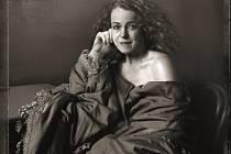 DALŠÍ IKONICKÁ ROLE. Iva Janžurová jako francouzská herečka a vyhlášená skandalistka Sarah Bernhardt.