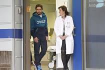 Je to dobré, Fernando Alonso odešel z nemocnice po svých.