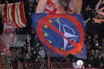 Fanoušci Crvene Zvezdy Bělehrad.