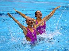 Akvabely Soňa Bernardová (vlevo) a Alžběta Dufková na olympijských hrách v Riu.