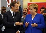 Emmanuel Macron a Angela Merkelová