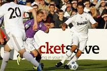 Cristiano Ronaldo během přátelského utkání proti Shamrock Rovers.