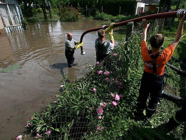Přívalové dešti způsobily v Českých Budějovicích lokální škody