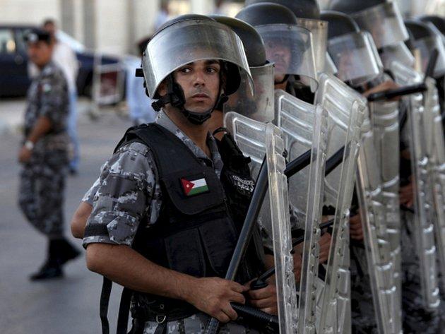 Jordánský policista dnes zastřelil v policejním výcvikovém středisku u Ammánu dva americké instruktory. Ilustrační foto.