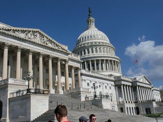 Kapitol, sídlo amerického Senátu a Sněmovny reprezentantů.