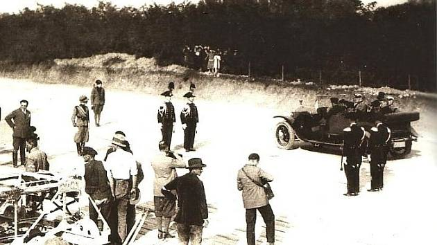21. září 1924 byla v Itálii slavnostně otevřena první dálnice na světě. Spojovala Milán a Varese.