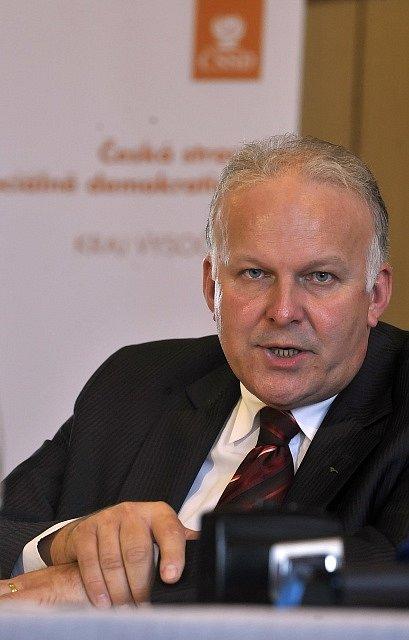 Do funkce ministra práce a sociálních věcí nominuje ČSSD Petra Krčála