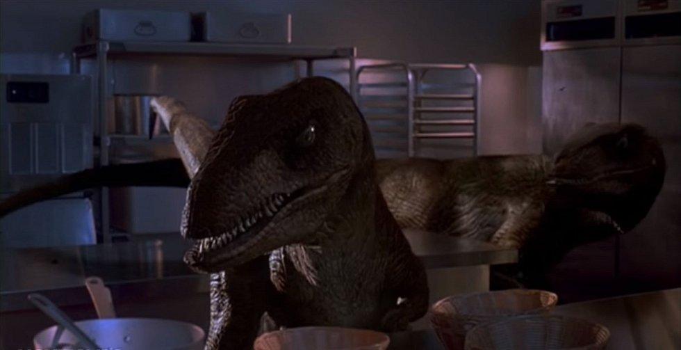 Velociraptoři ve filmu při lovu spolupracovali, v reálu to ale bylo zřejmě trochu jiné