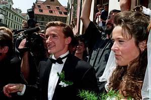 Svatba Vladimíra Šmicera a Pavlíny Vízkové v roce 1996