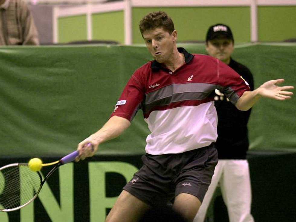 Český tenista Jiří Novák (na snímku z 8. února 2002).