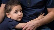 Předpokládá se, že otec bude platit povinné výživné, i když o dítě nejeví zájem.