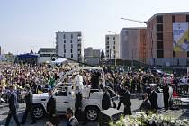 Papež František zdraví věřící ve slovenském Prešově