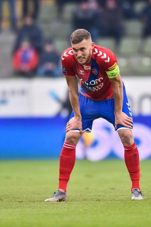 V polském ráji. Tomáš Petrášek je kapitánem Rakowu Čenstochová.