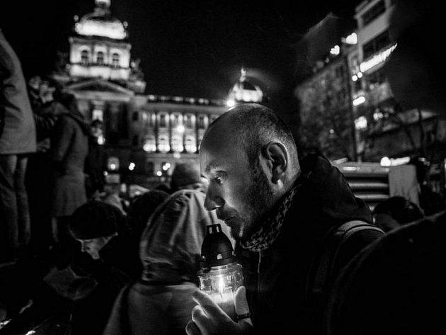 VÝSTAVA CZECH PRESS PHOTO 2012 se do konce ledna koná ve Staroměstské radnici. Na snímku vítězná fotografie Milana Jaroše.