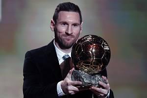 Lionel Messi s rekordním šestým Zlatým míčem